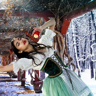 Snow_White-19-20_squares_400x400