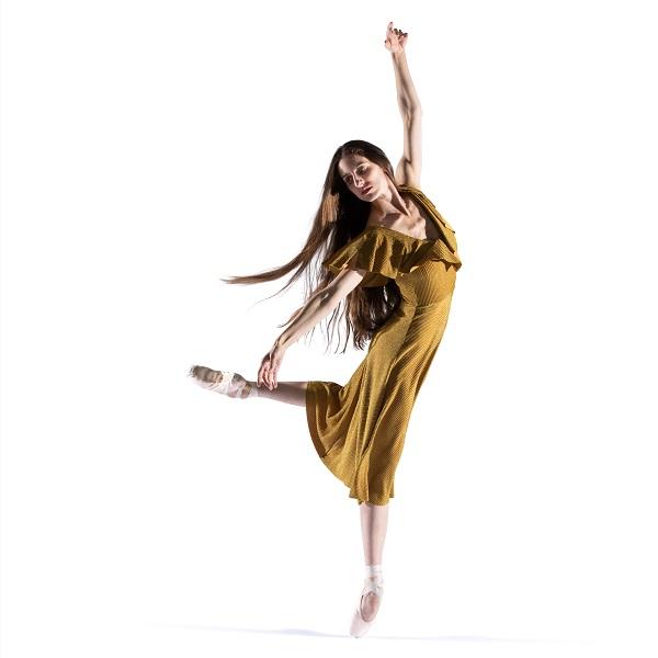 Allison DeBona - Square 600